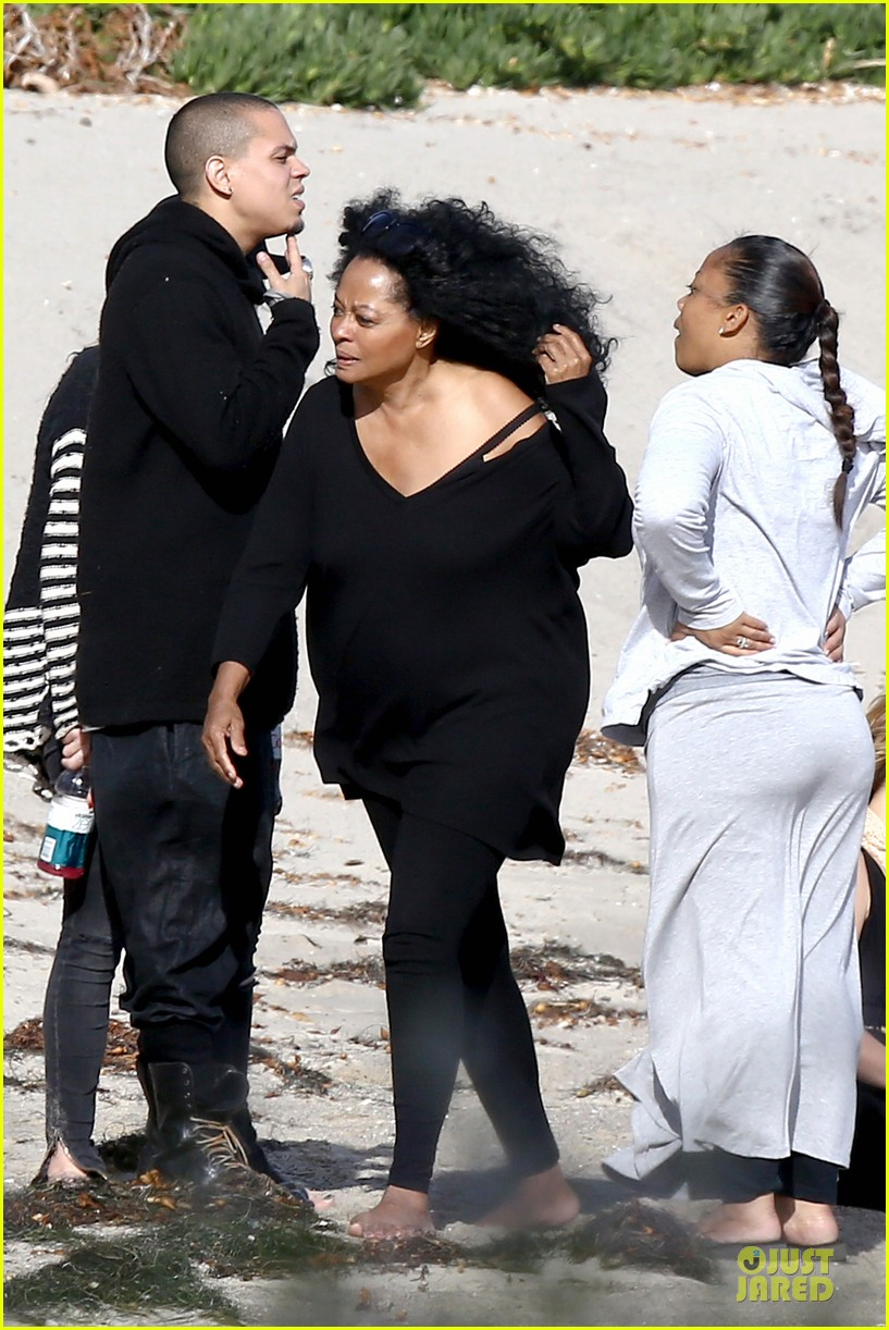 ashlee simpson evan ross beach with diana ross 11