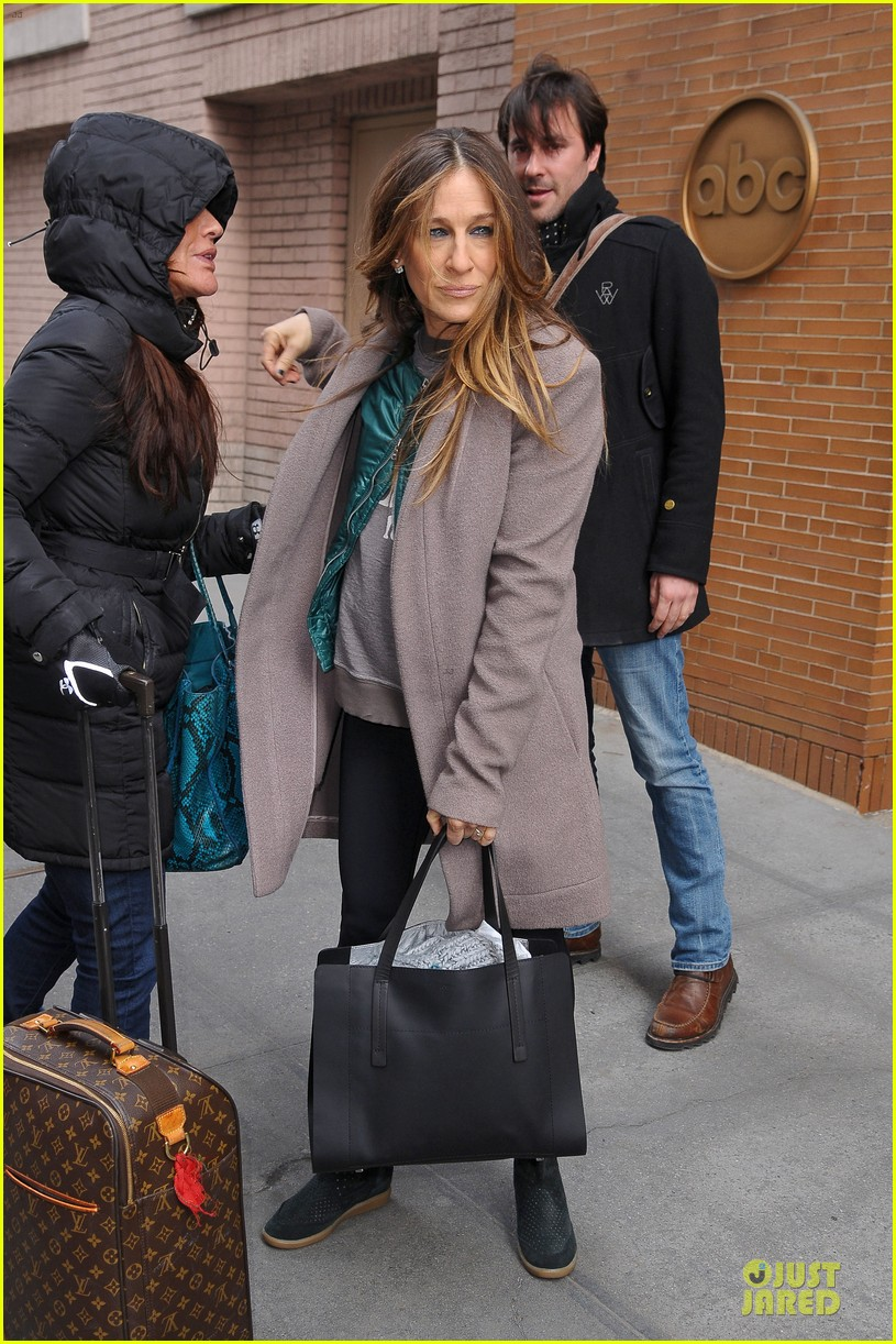 sarah jessica parker answers 73 questions watch now 01