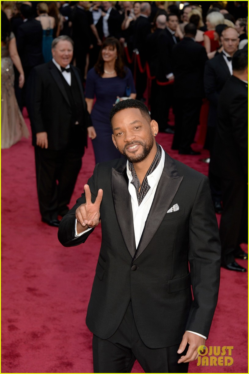 will jada pinkett smith oscars 2014 red carpet 043063949