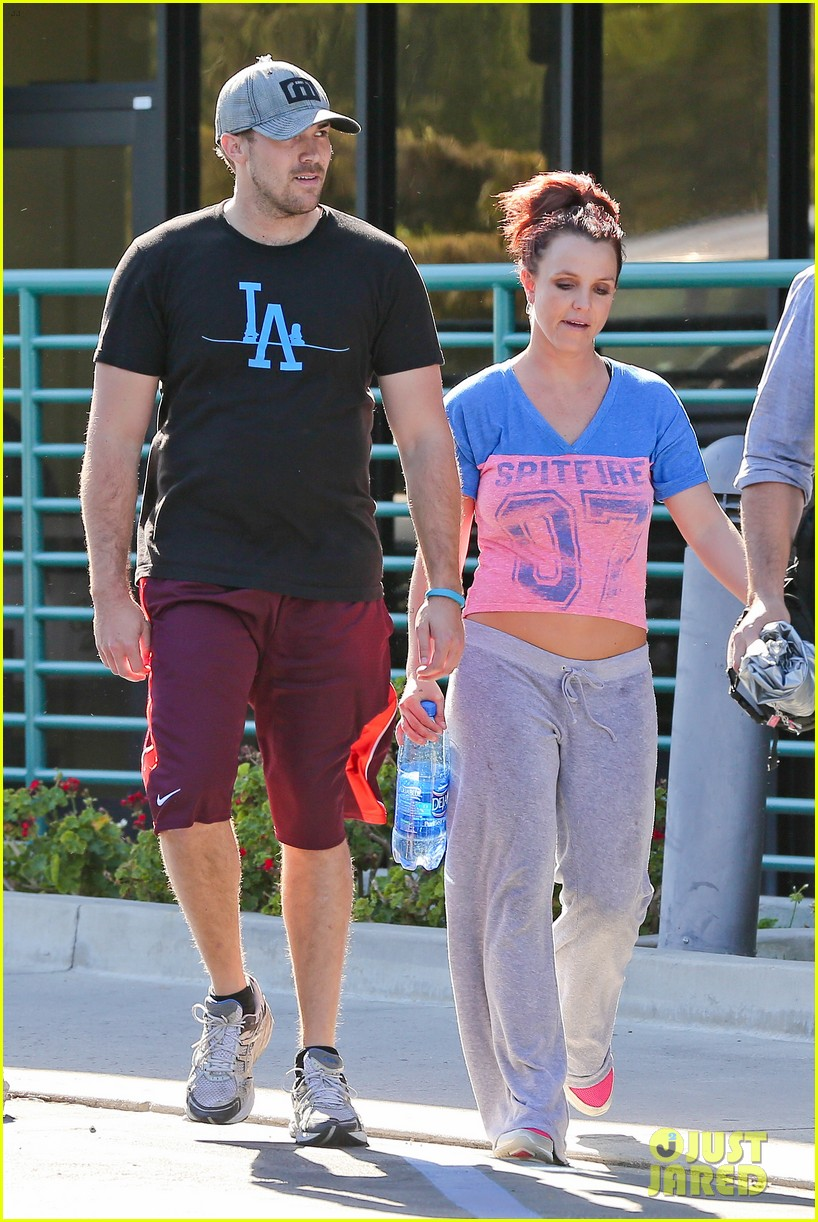 britney spears boyfriend david lucado sweat it out together 123070772