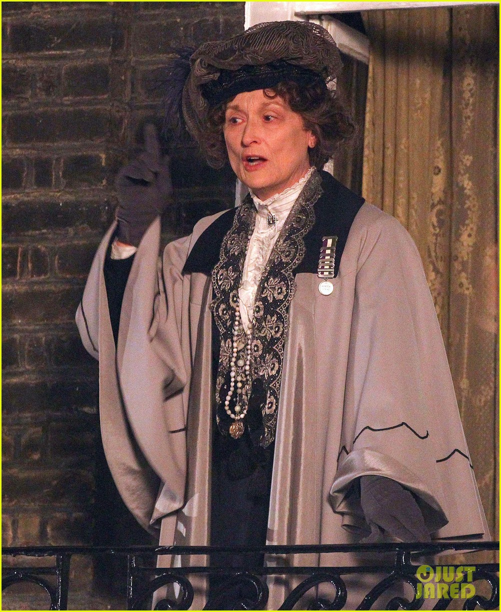 meryl streep first look on set at suffragette 04