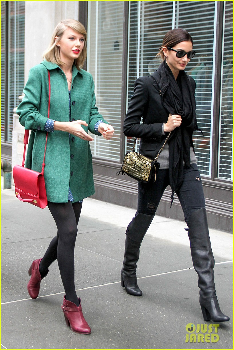 taylor swift grabs lunch with model lily aldridge 16