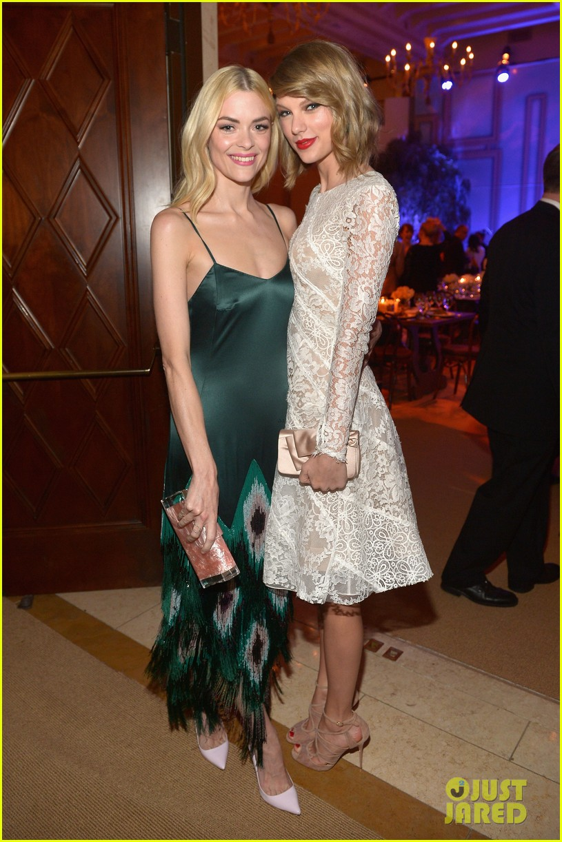 taylor swift jaime king pre oscar party pals 233063508