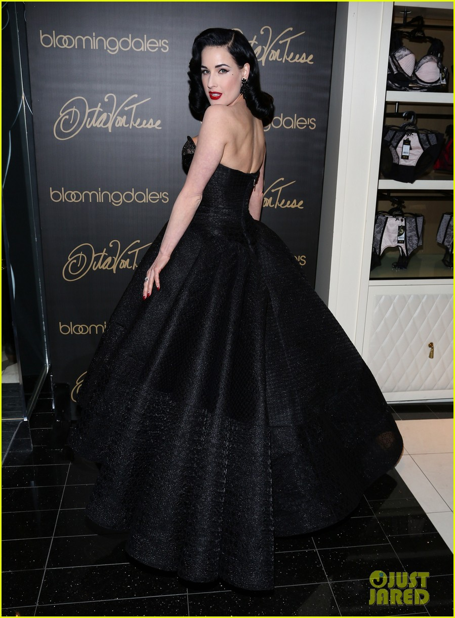 dita von teese stuns at her bloomingdales lingerie collection launch 013076016