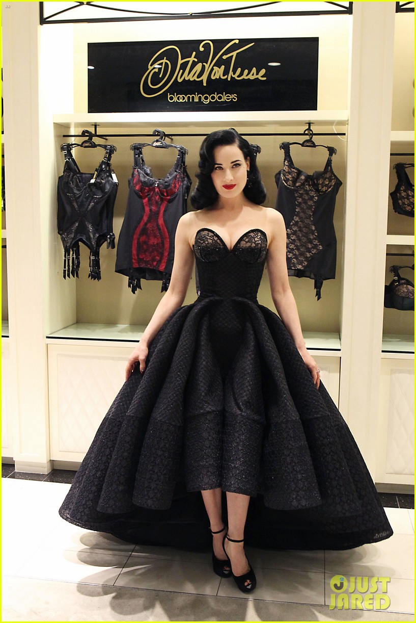 dita von teese stuns at her bloomingdales lingerie collection launch 033076018