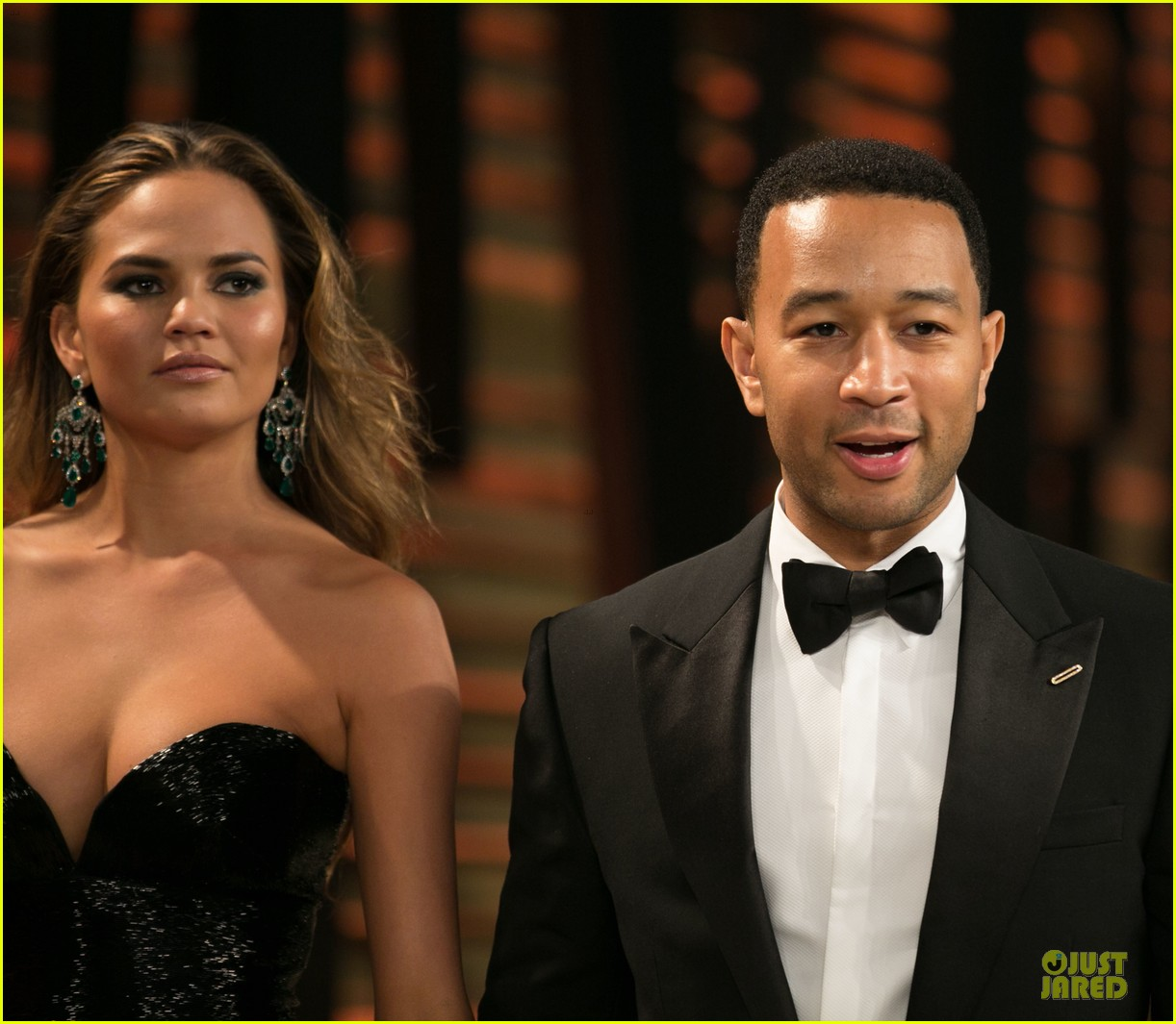 chrissy teigen john legend vanity fair oscars party 2014 073065050