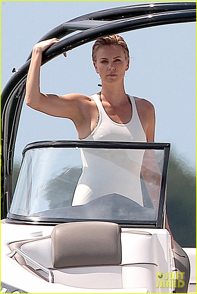 charlize theron bares her bikini body for miami photo shoot 18