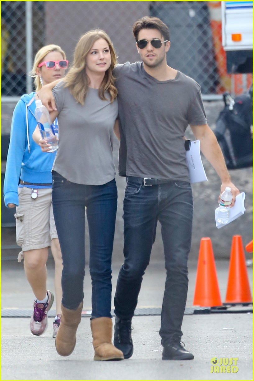 emily vancamp josh bowman wrapped up 263078147
