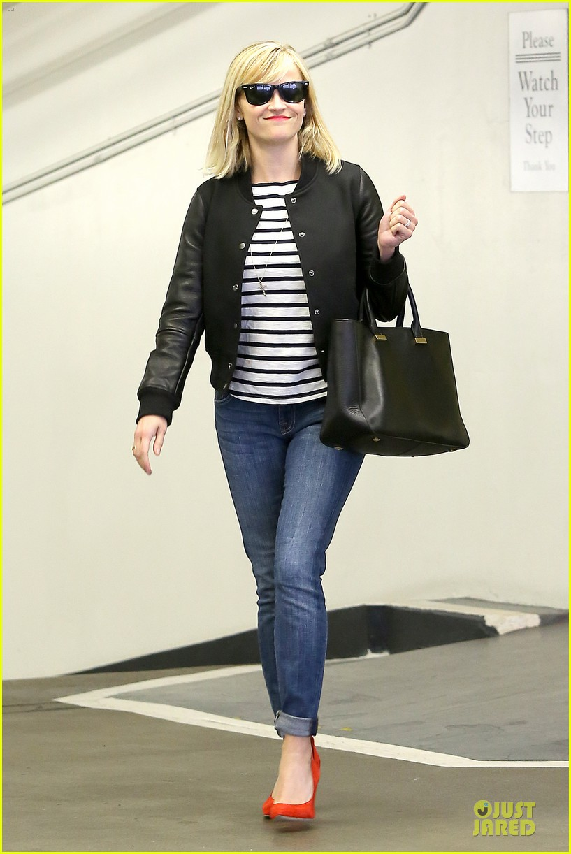 reese witherspoon bowling for 38th birthday 163078115