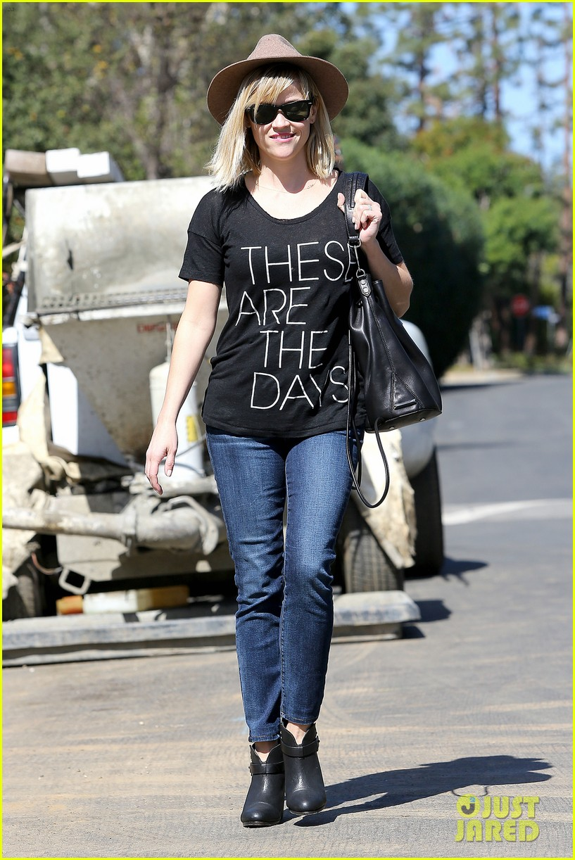 reese witherspoon these are the days 17
