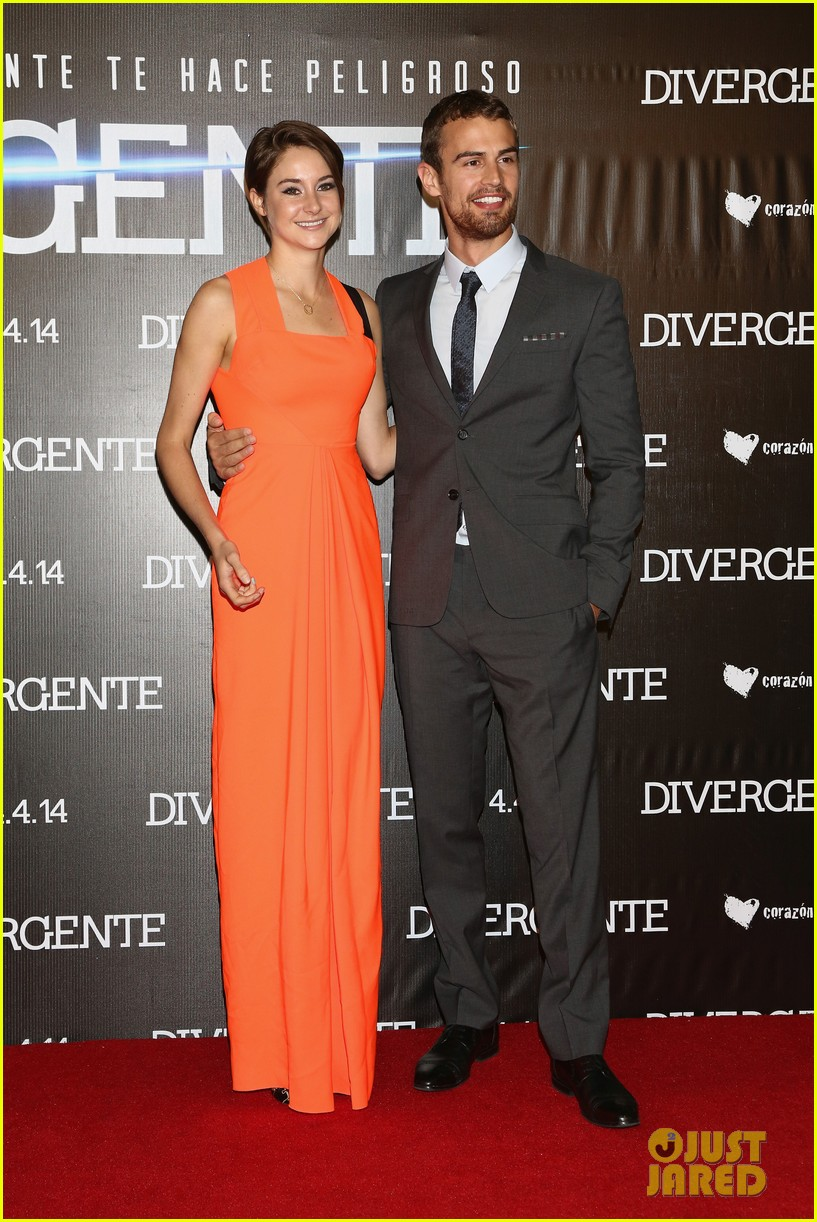 shailene woodley theo james take divergent to mexico 013078956
