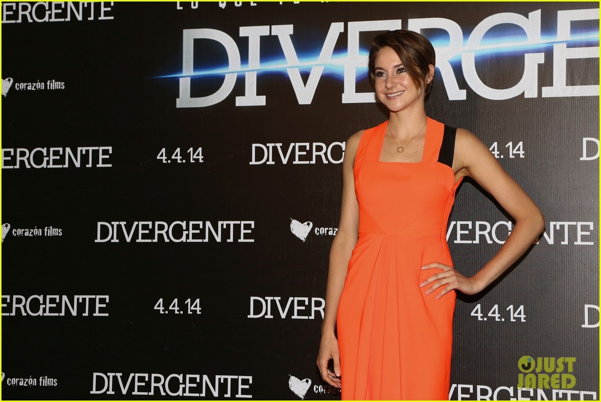 shailene woodley theo james take divergent to mexico 05