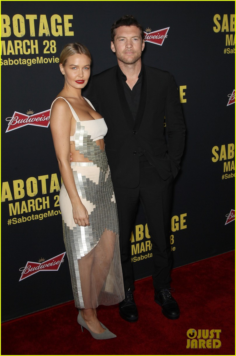 sam worthington lara bingle sabotage premiere 063075154