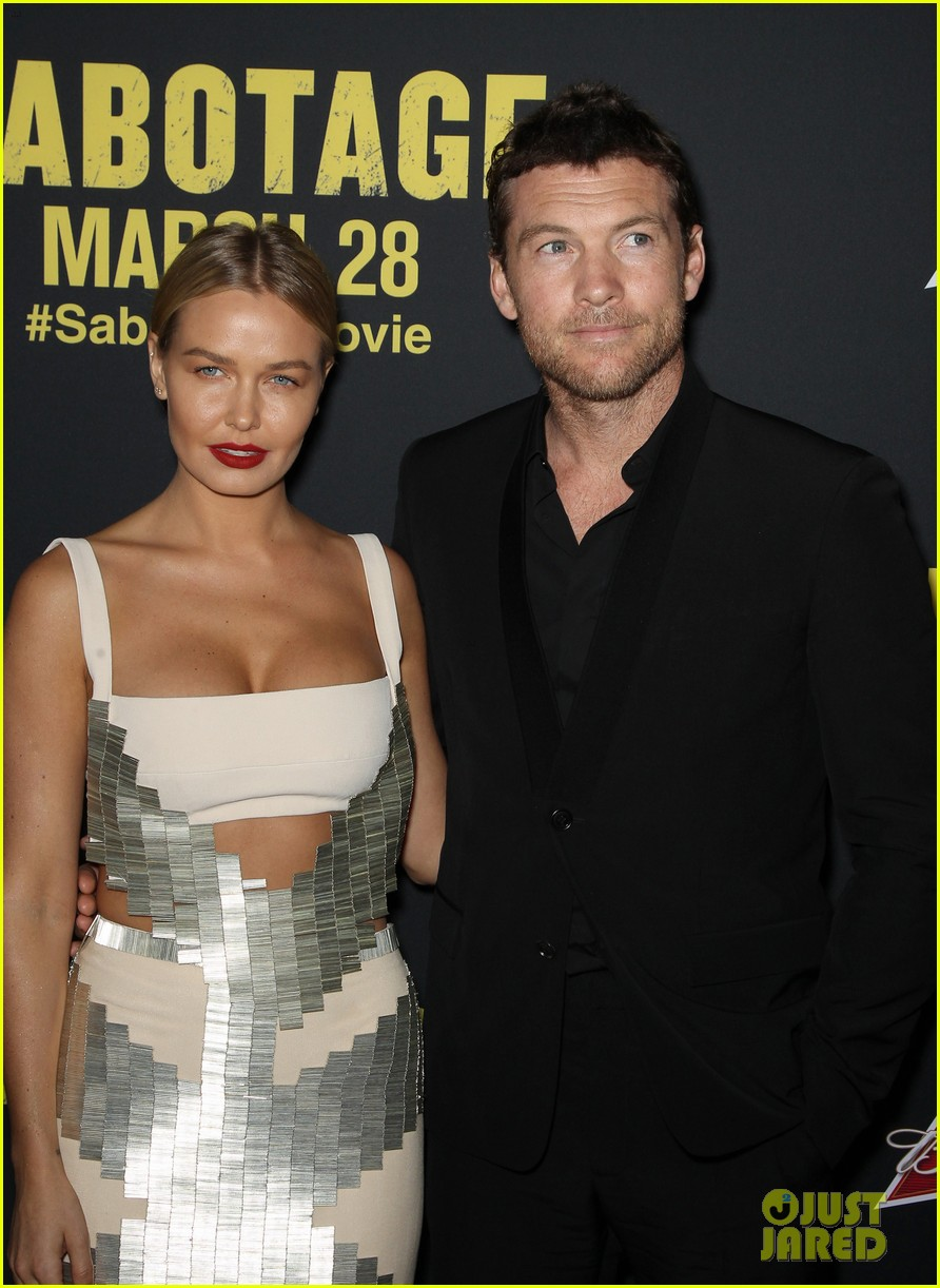 sam worthington lara bingle sabotage premiere 093075157