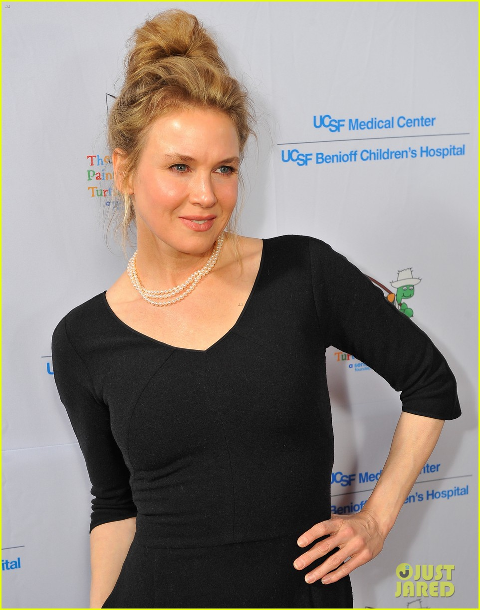 renee zellweger amber riley painted turtles starry evening 07