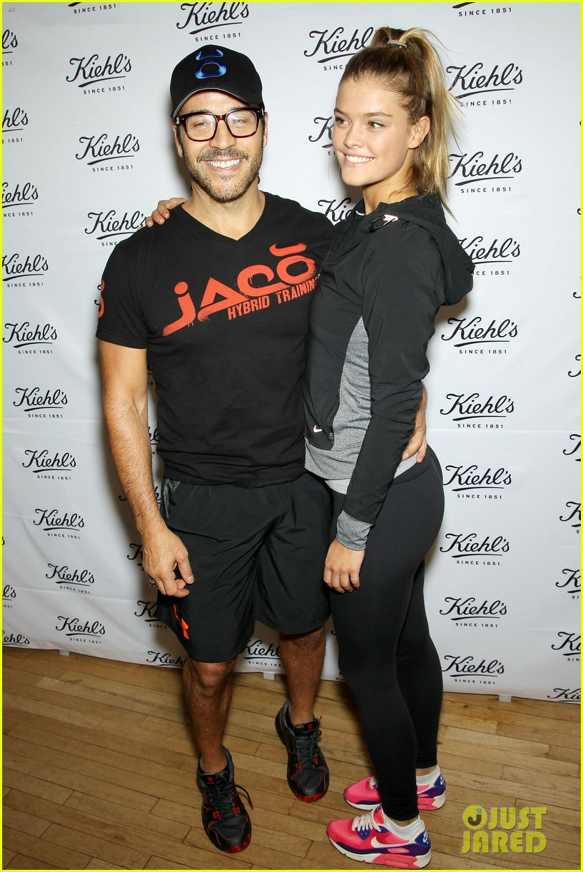 entourage jeremy piven nina agdal reunite for cycling fun 303094347