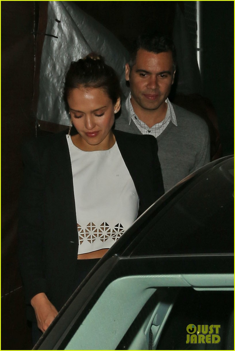 jessica alba celebrates 33rd birthday with husband cash warren 043101424
