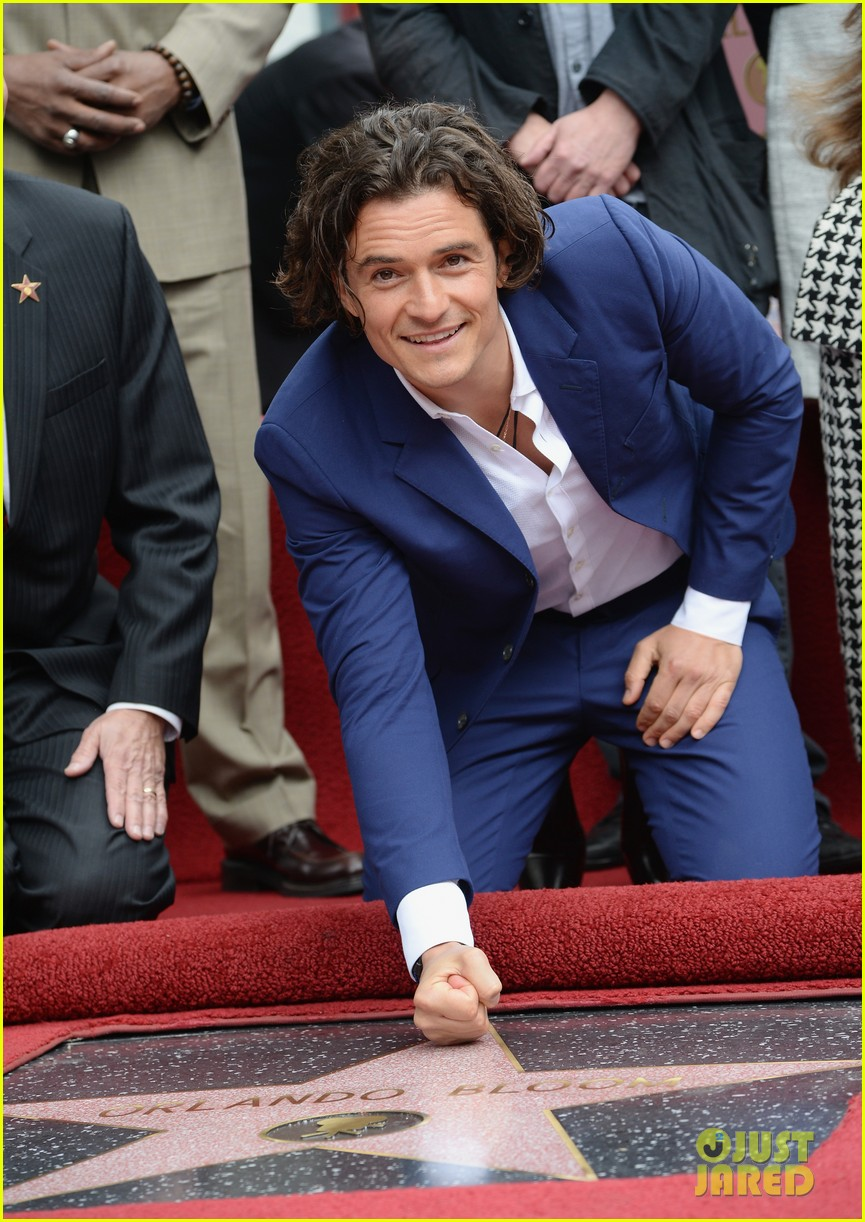 orlando bloom receives star on hollywood walk of fame 05