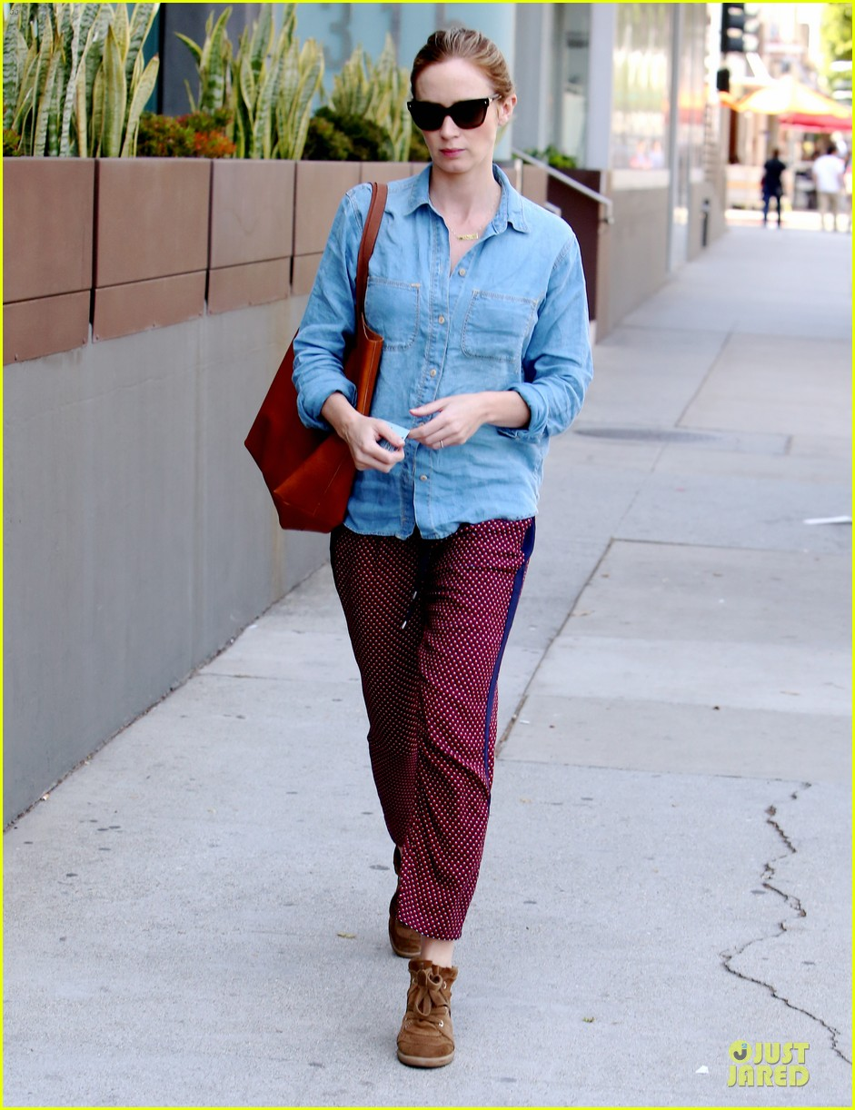 emily blunt denim shirt perfect mix 11
