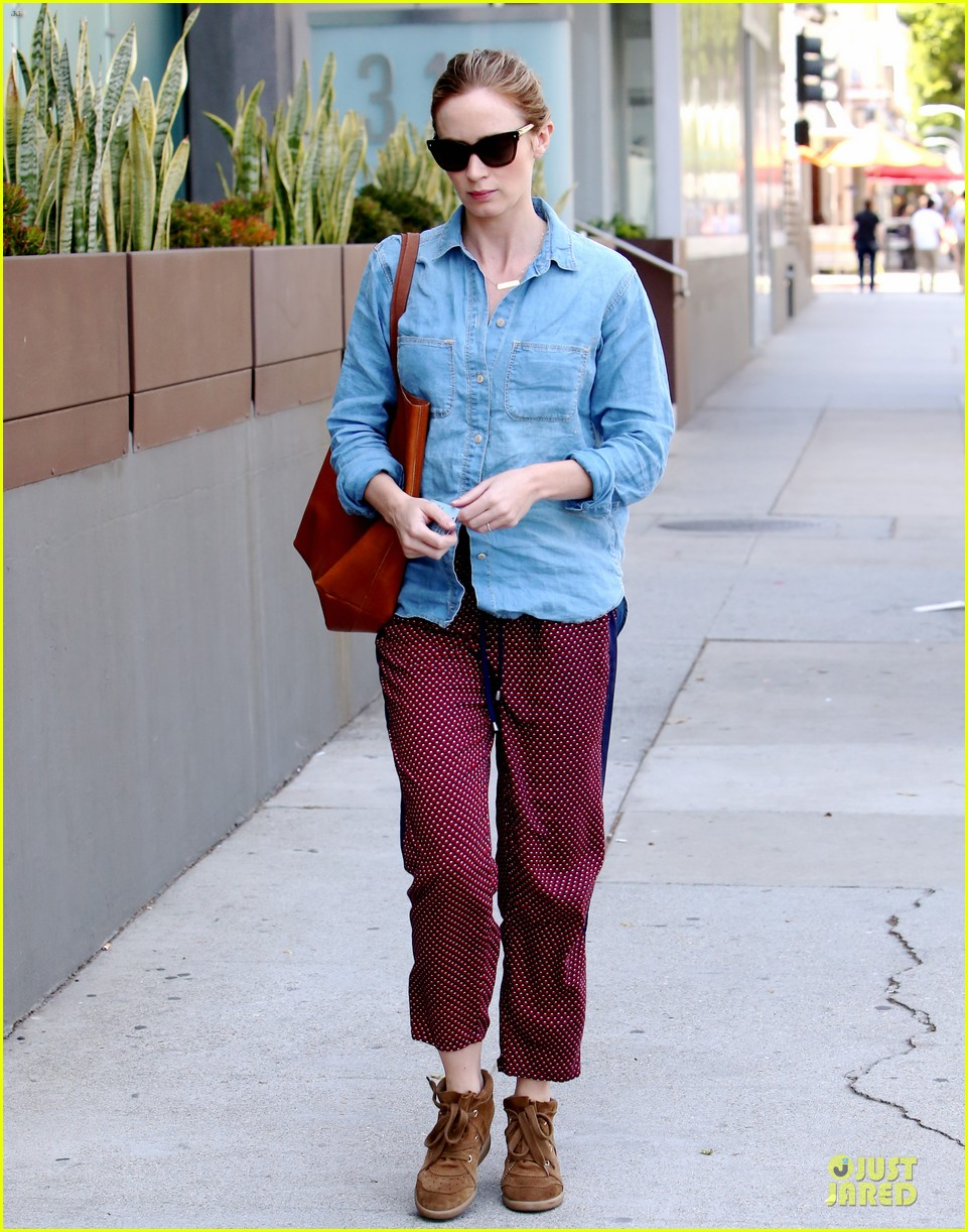 emily blunt denim shirt perfect mix 12