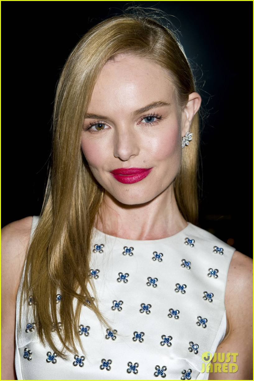 kate bosworth camilla belle step out for jimmy choos choo 08 launch party 03