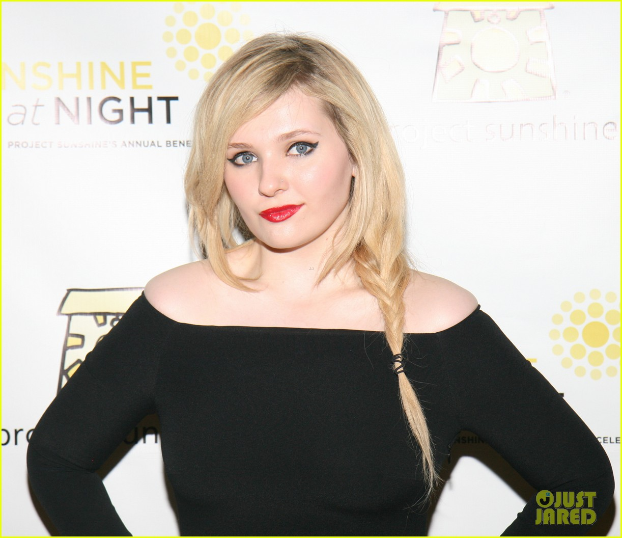 abigail breslin all grown up project sunshine benefit 08