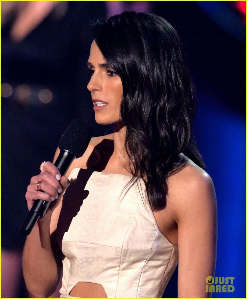 paul walker tribute jordana brewster mtv movie awards 2014 02