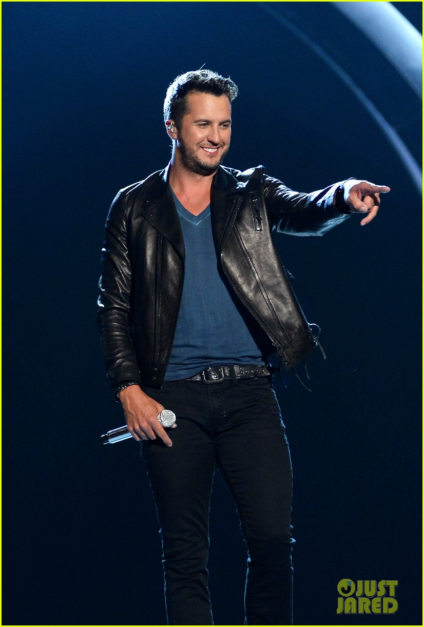 luke bryan play it again acm awards 2014 063085999