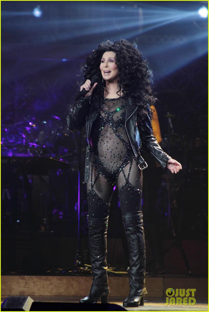 Cher Rocks Heart Shaped Nipple Pasties Flaunts Fabulous Body 10 Demi Lovato Sales