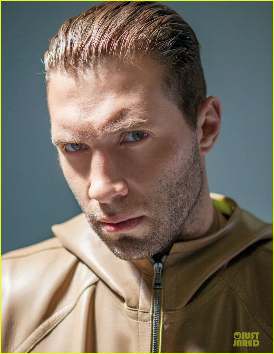 jai courtney da man musical talents 07