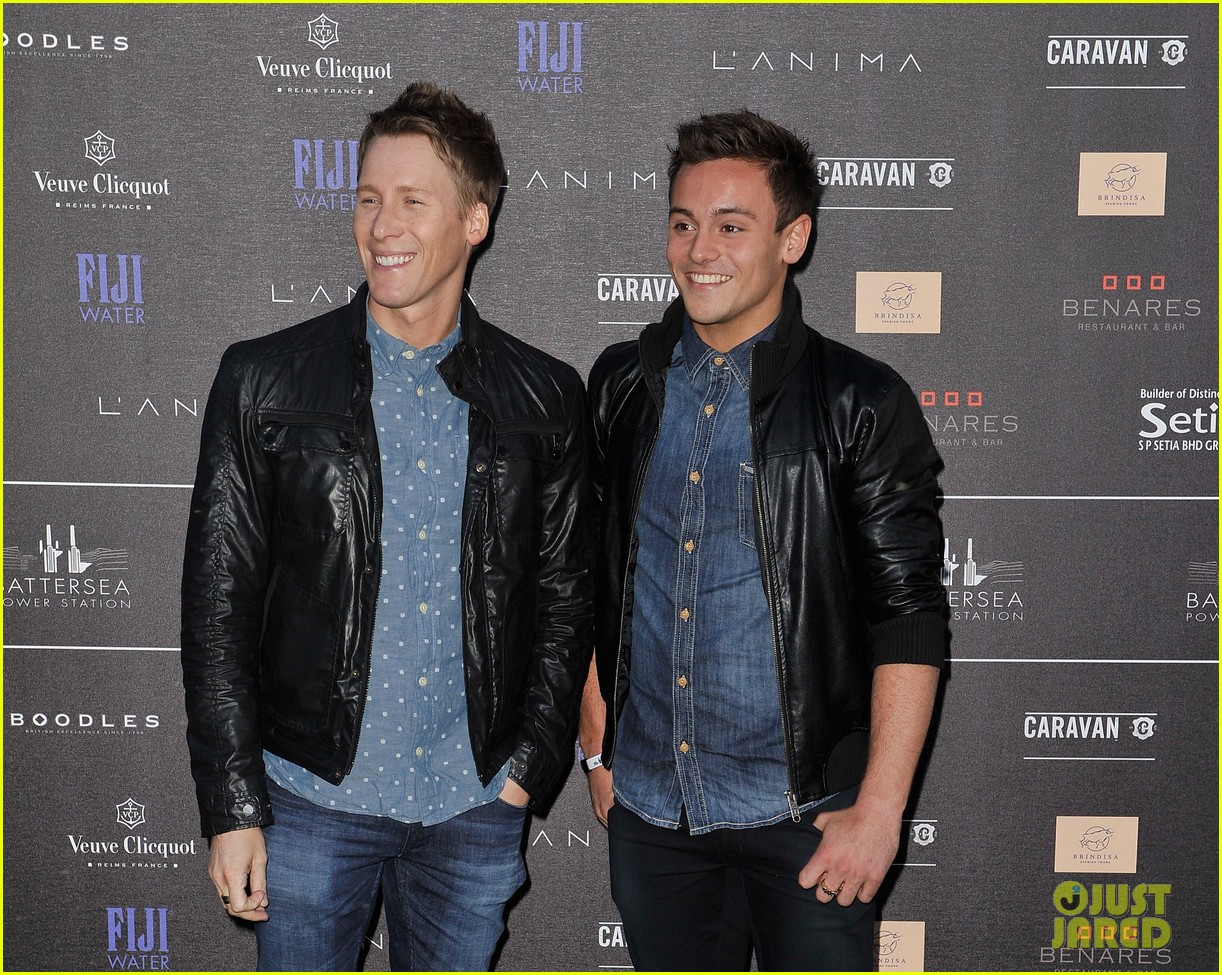 tom daley dustin lance black attend first event as a couple 04