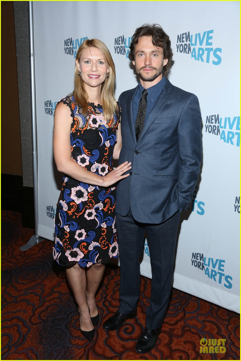 claire danes hugh dancy picture perfect at ny live gala 05