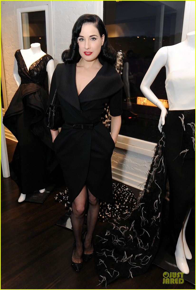 dita von teese glamour at christian siriano preview 01