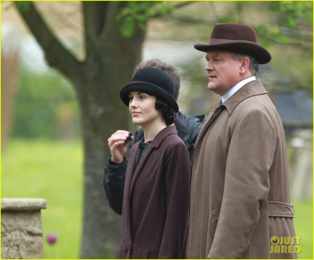these downton abbey season five set pics are getting us really excited 09