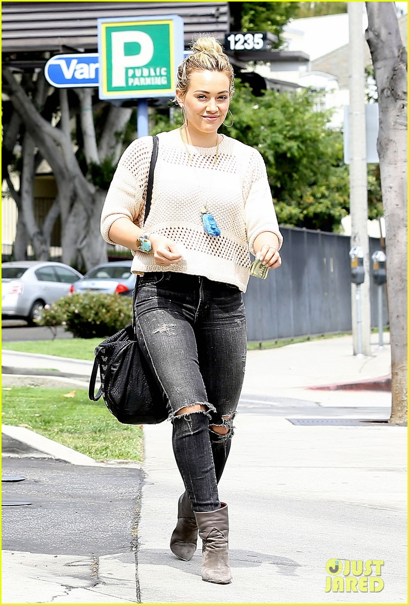 hilary duff runs errands aaron carter gushes over lost love 12