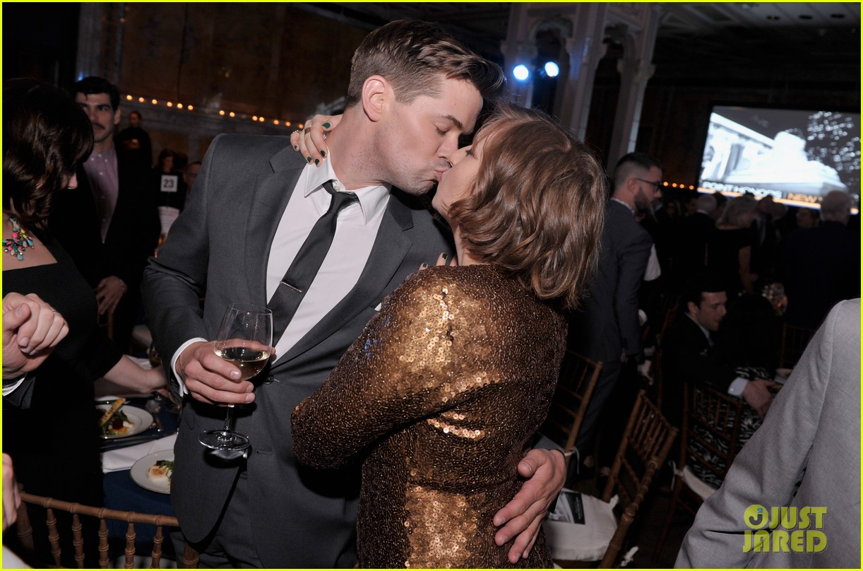 lena dunham andrew rannells share kiss at point honors new york gala 093086794