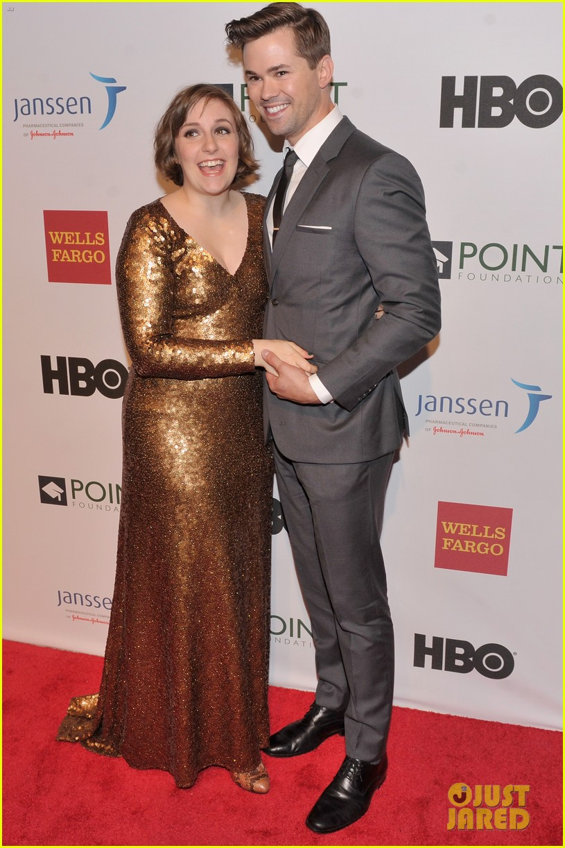 lena dunham andrew rannells share kiss at point honors new york gala 10