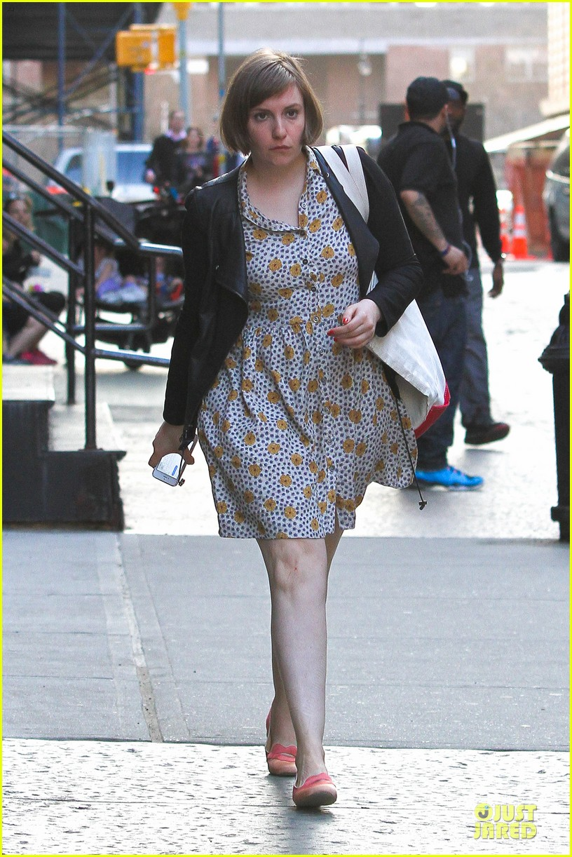 lena dunham meets up with taylor swift 013092442