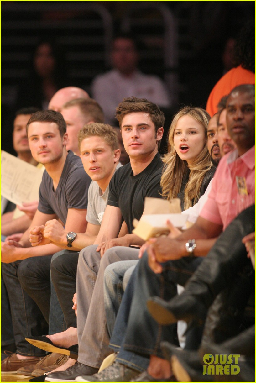 zac efron halston sage lakers game 24