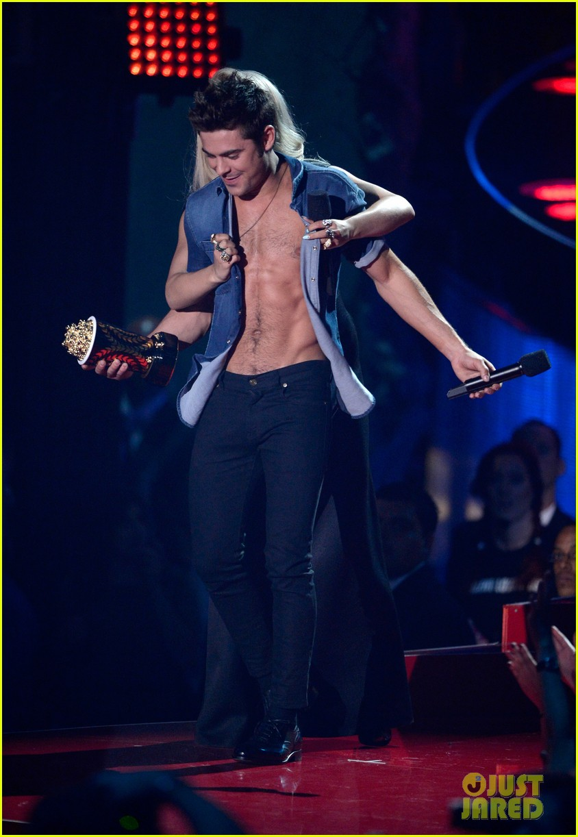 more zac efron shirtless photos mtv movie awards 2014 283091692