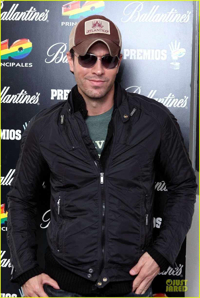 enrique iglesias consider being x factor judge 02