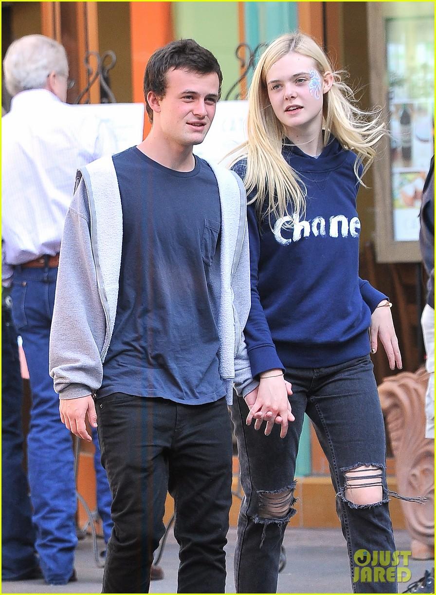 Elle Fanning And Boyfriend Elle Fanning  amp Her Boyfriend