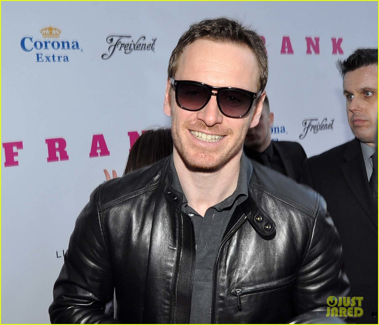michael fassbender works the red carpet in a leather jacket 133098319