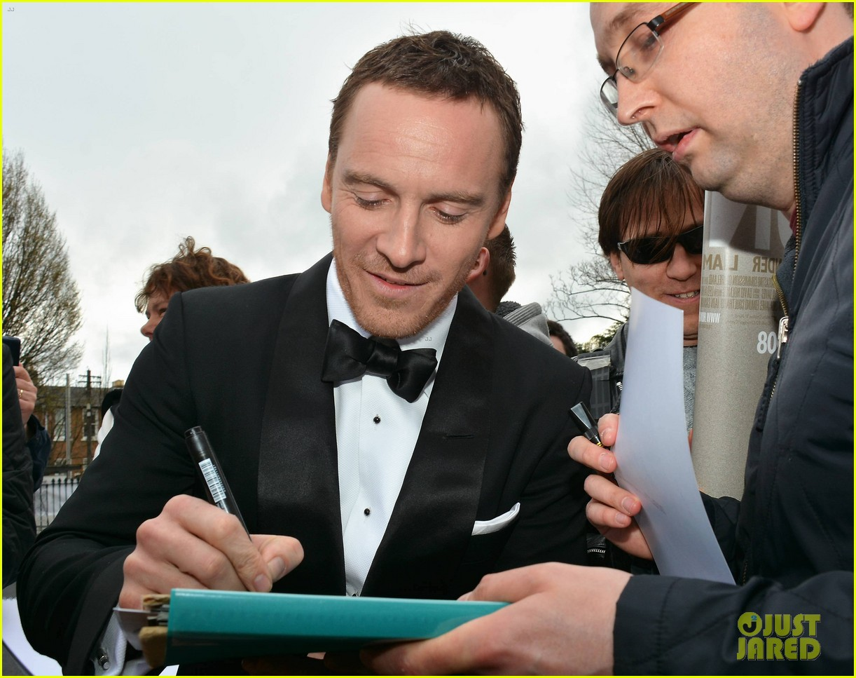 michael fassbender shaves his beard ifta awards 10