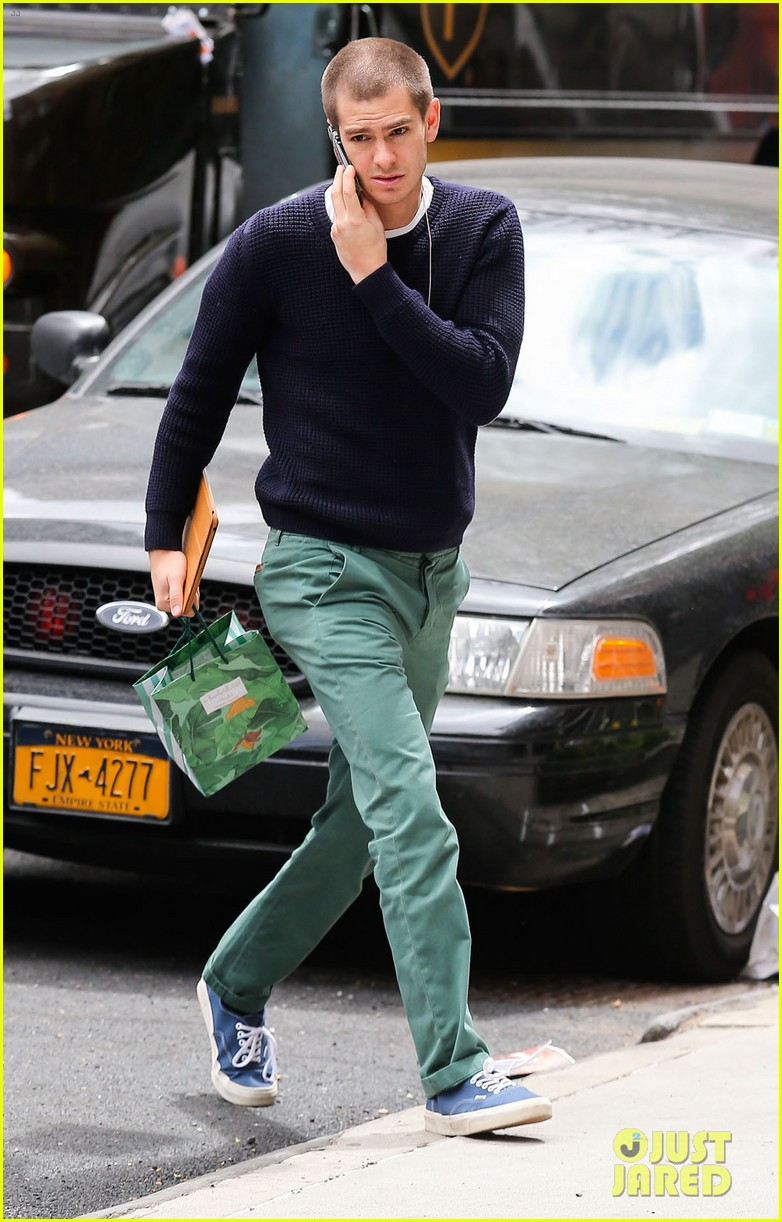 andrew garfield new buzz cut suit him well 03