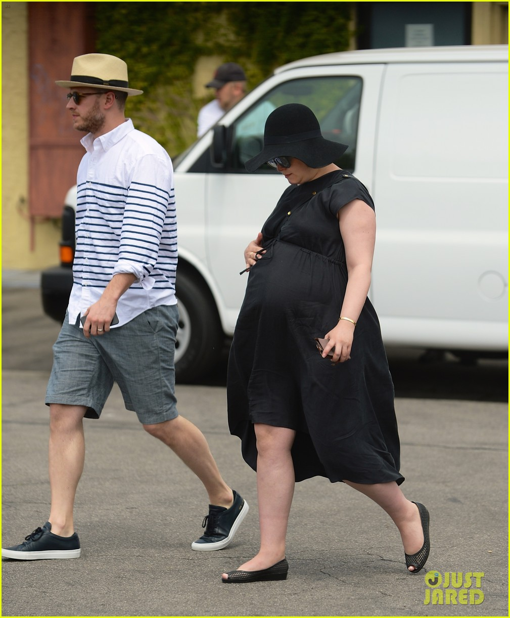 ginnifer goodwin opens up about her wedding pregnancy 02
