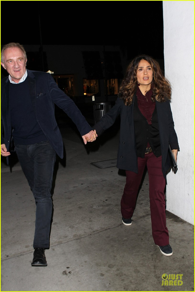 salma hayek can still look classy with ankle brace 203094740