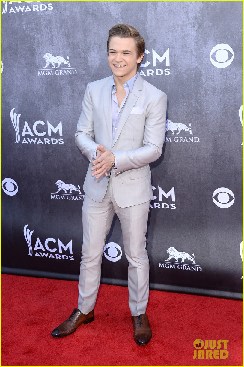 hunter hayes acm awards 2014 red carpet 023085701