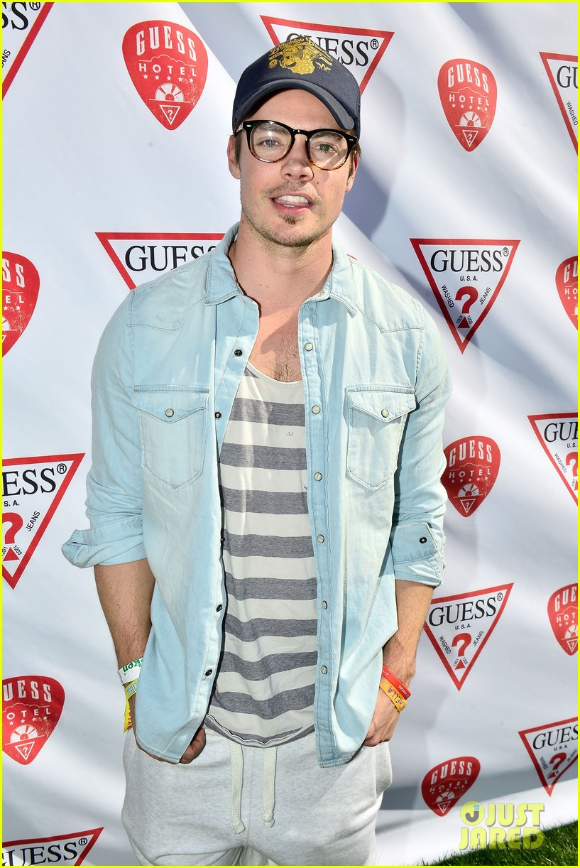 josh henderson jamie chung party with guess at coachella 05