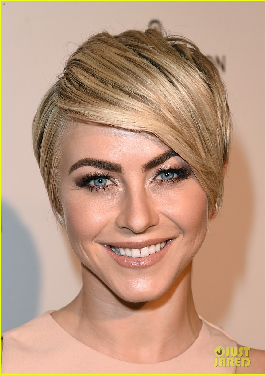 julianne hough nikki reed kaleidoscope ball 023088831